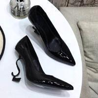 Черный + черный каблук