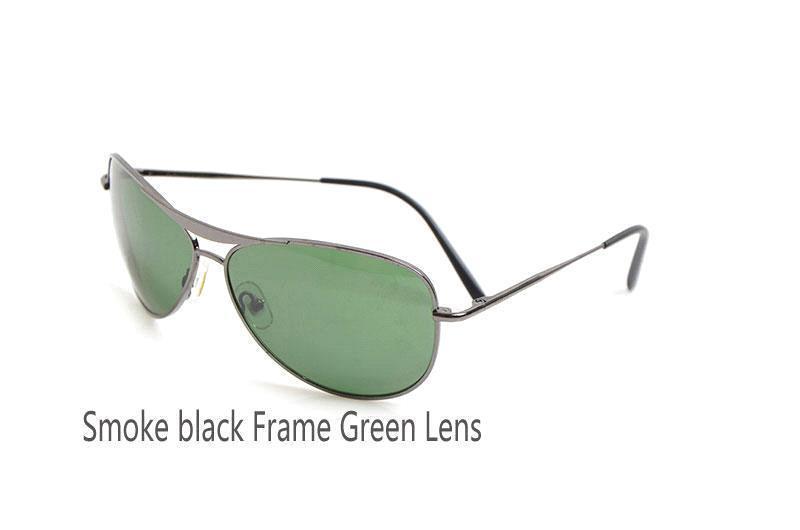 Siyah Çerçeve Yeşil Lens Duman