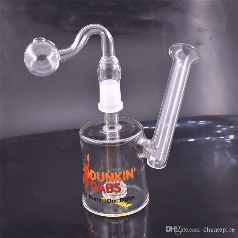 Cor aleatória com tubo queimador de óleo