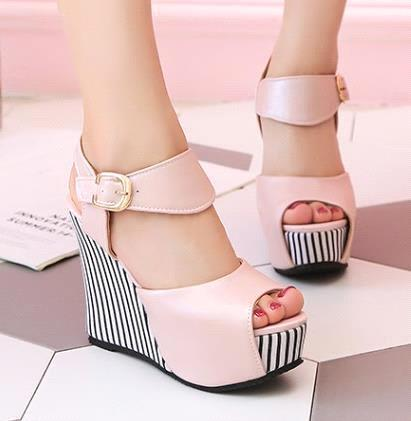 Pink come with box