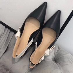 Black + matte leather [Flat]