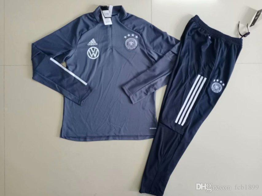 training suit 902