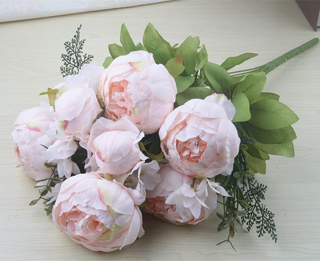 الربيع الوردي