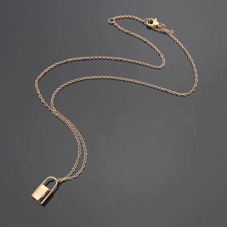 Necklace_rose altın