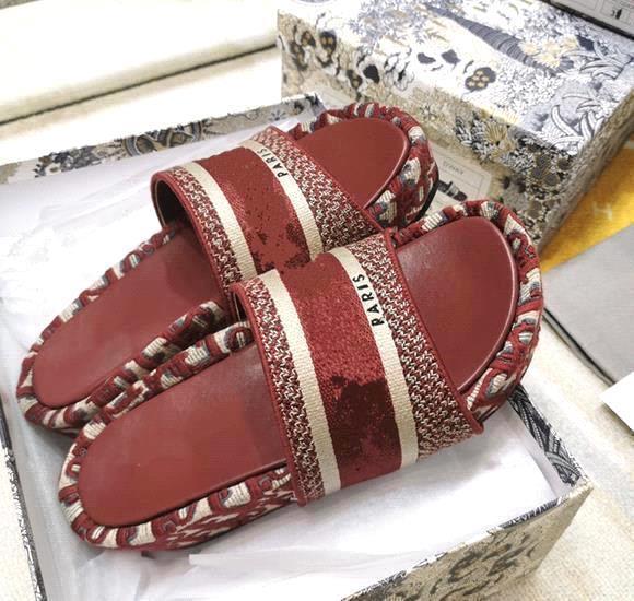 Burgundy 5cm heel
