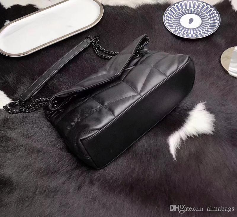 Negro con hardware negro