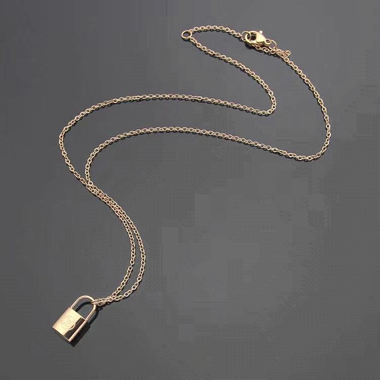 oro Necklace_rose