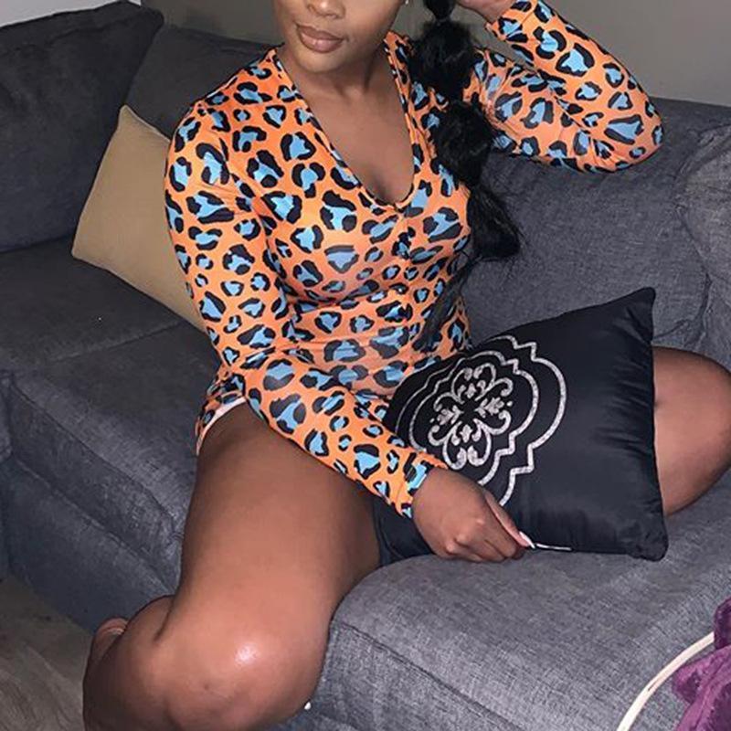 estampado de leopardo de naranja