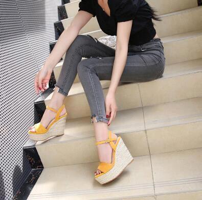 Yellow (Heel 10 cm)