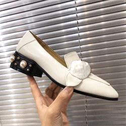 3 centímetros calcanhar branco