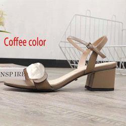 لون القهوة