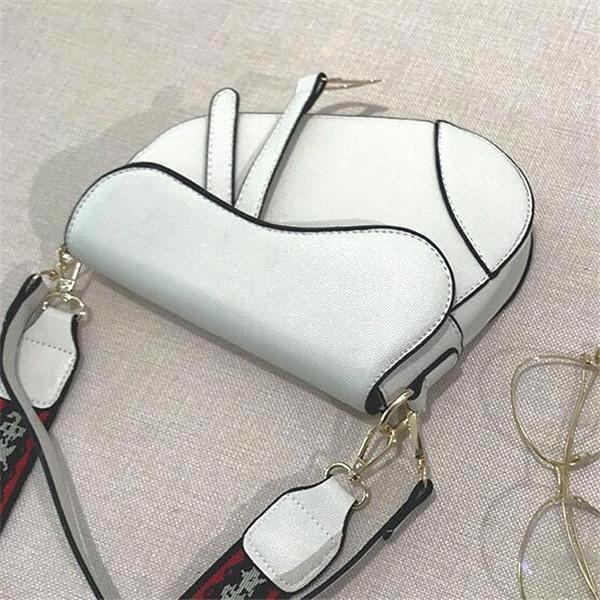 White3(boutiqueBox)