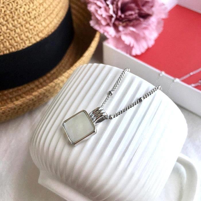 collar de plata-blanco
