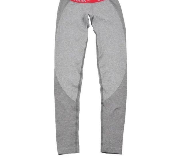 Pantaloni rossi-con il logo
