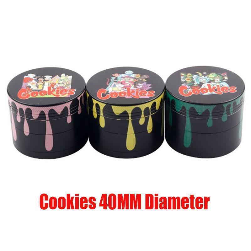 Biscoitos dos desenhos animados 40 milímetros cores se misturam