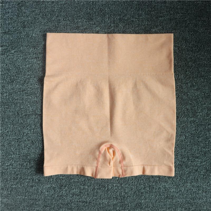 pantalones cortos de color rosa