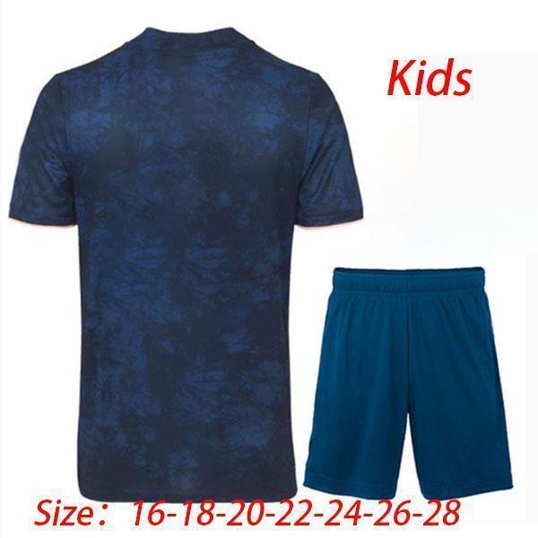 Terzo abito per bambini