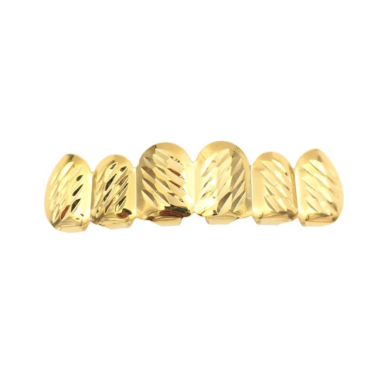 Dientes superiores de flor de lote dorado