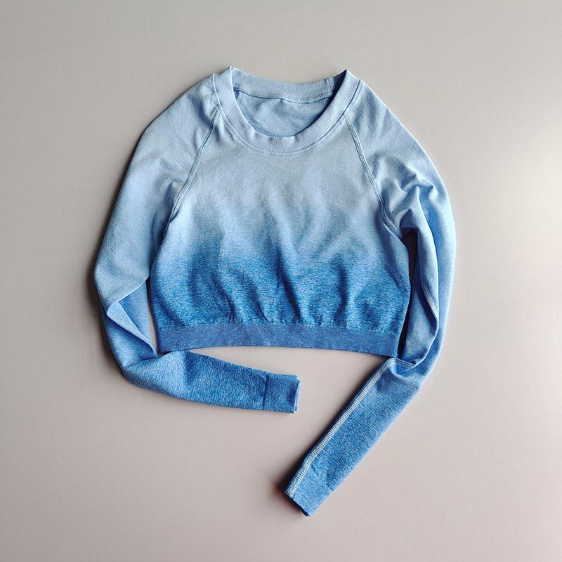 파란색 셔츠