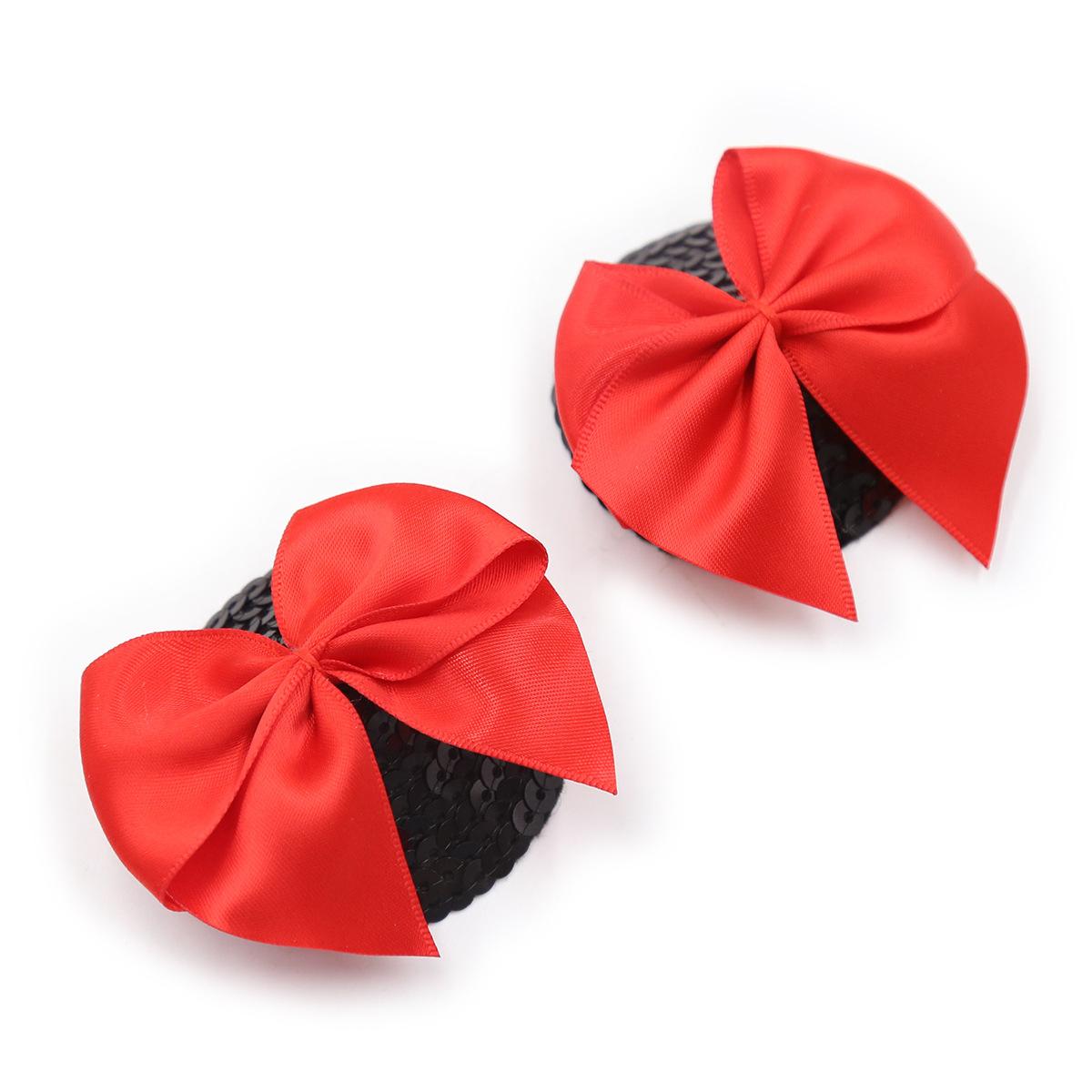Scales negros de arco rojo
