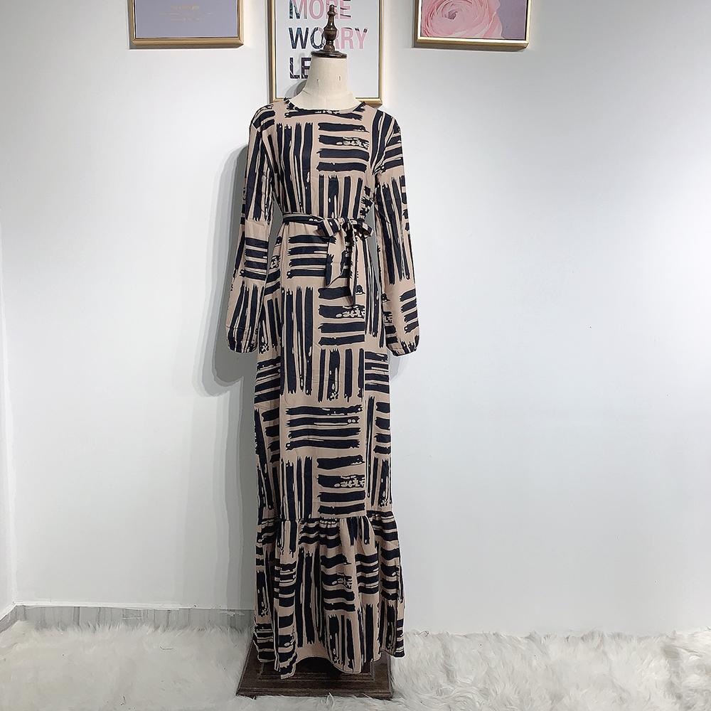 긴 소매 드레스 S.