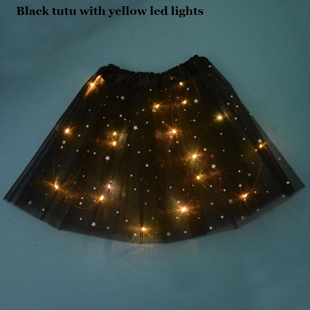 توتو أسود 3.