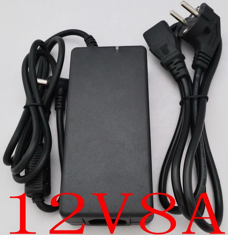 12V 8A