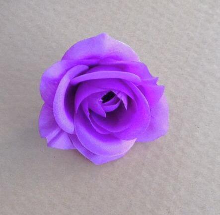 profondo colore viola