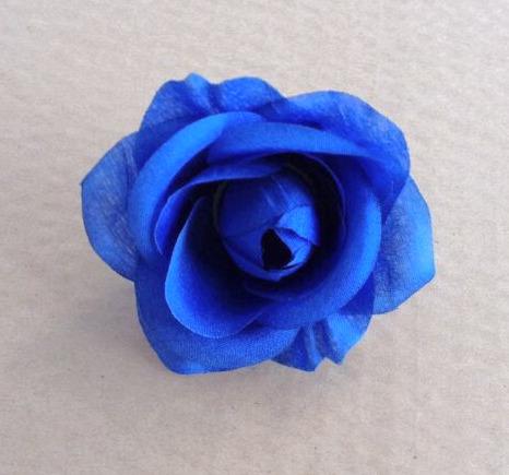 colore blu profondo