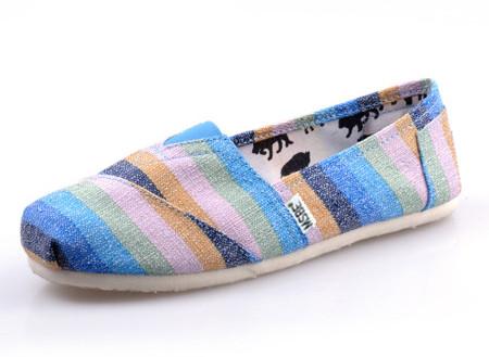 blue colored stripes