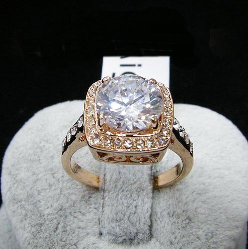 white crystal Rose ring