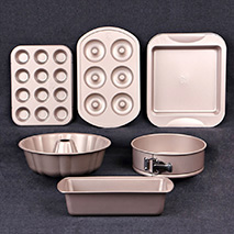 Baking Dishes & Pans