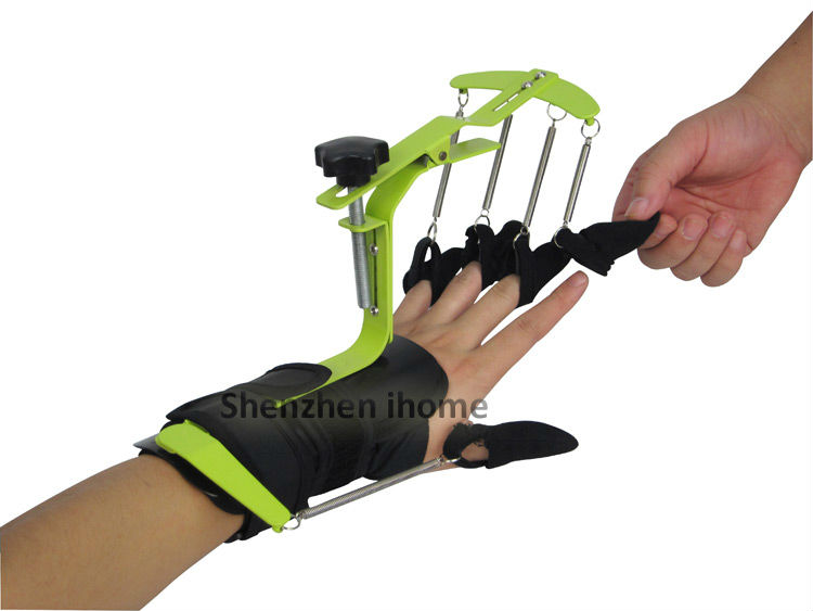 wrist-and-finger-dynamic-orthosis-3