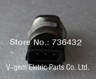 Pressure Sensor 4436271 For HITACHI Excavator EX200-3 a