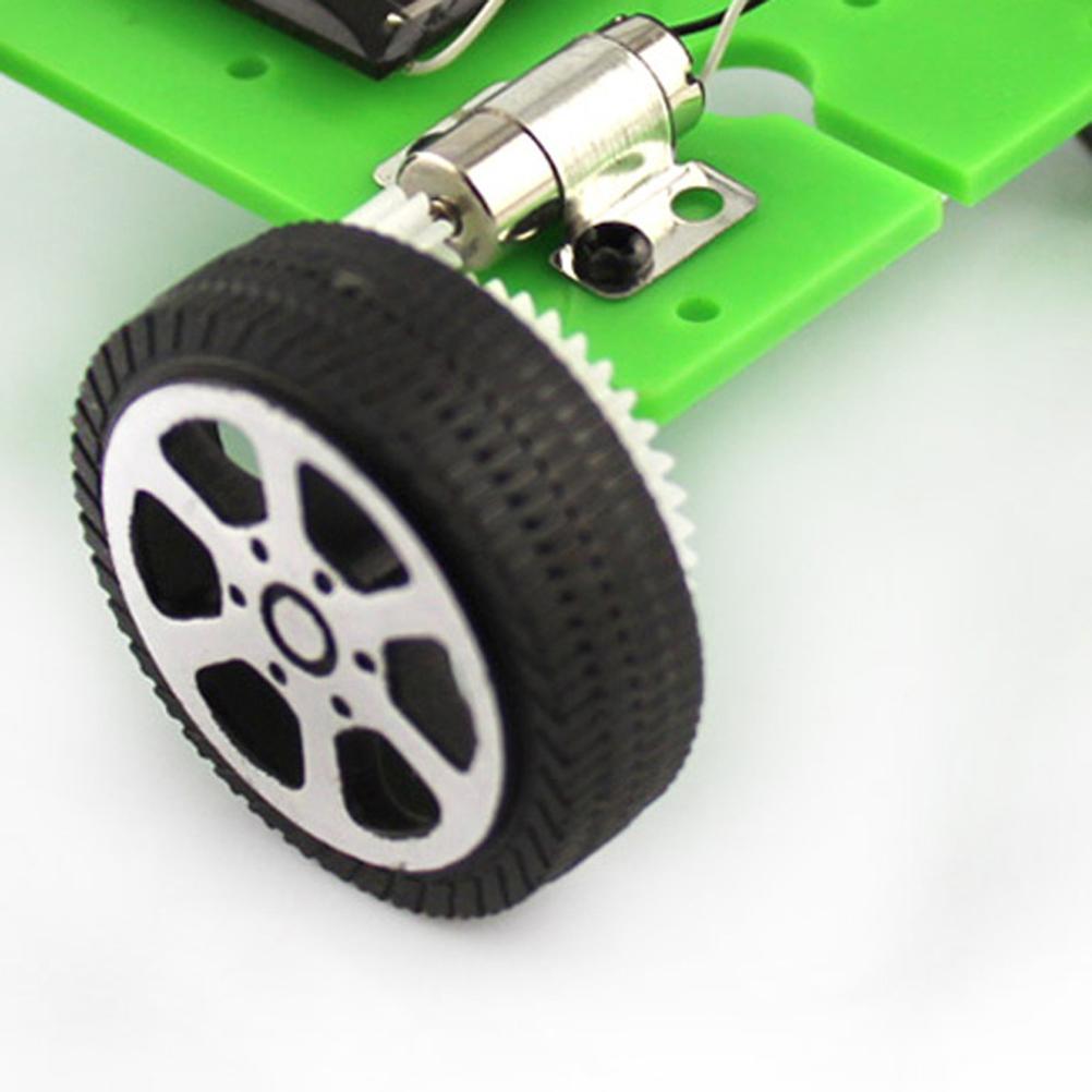 1PCS Solar brinquedos para crianças Mini Desenvolvido Toy DIY Kit Car Educação Infantil Gadget Hobby engraçado Plástico Verde Outros Brinquedos Atacado