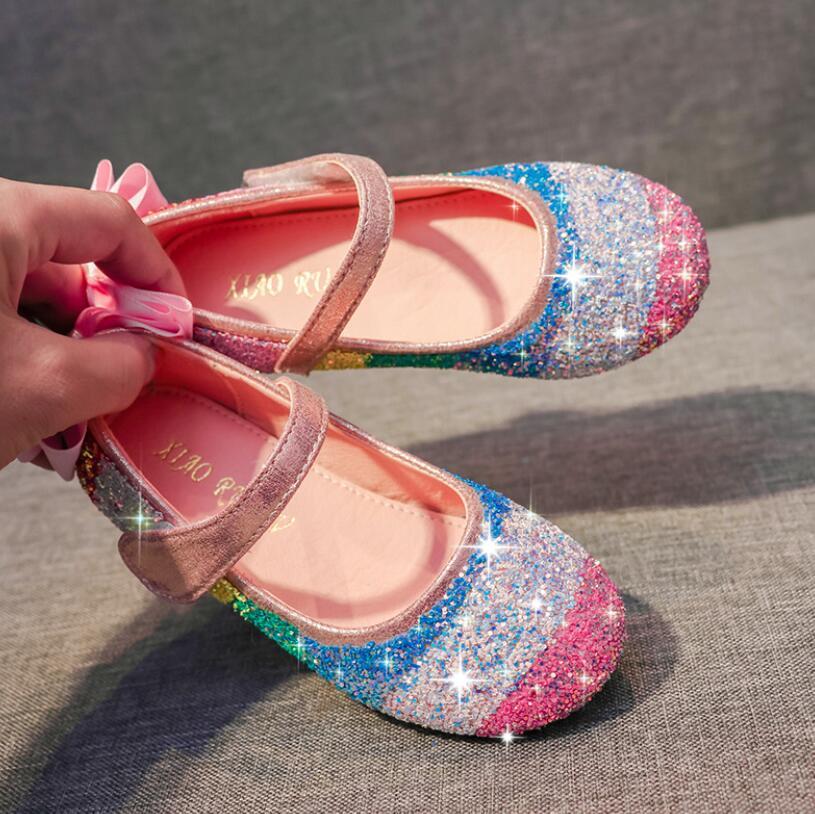 Cuero de la princesa de los niños para las muchachas del color del caramelo zapatos planos del brillo Casual sandalias sandalias de los niños suave Niños Que hace