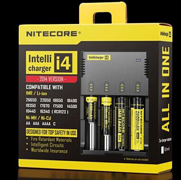 NITECORE Digicharger D4 IMR//Li-ion//Ni-MH//Ni-Cd//LifePO4 w// NL189 18650 battery