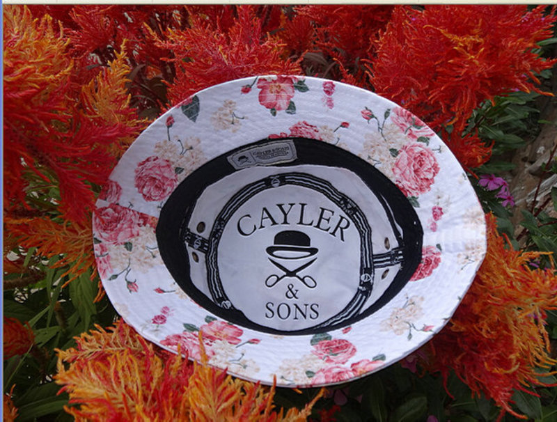 0010-CAYLERSONS s