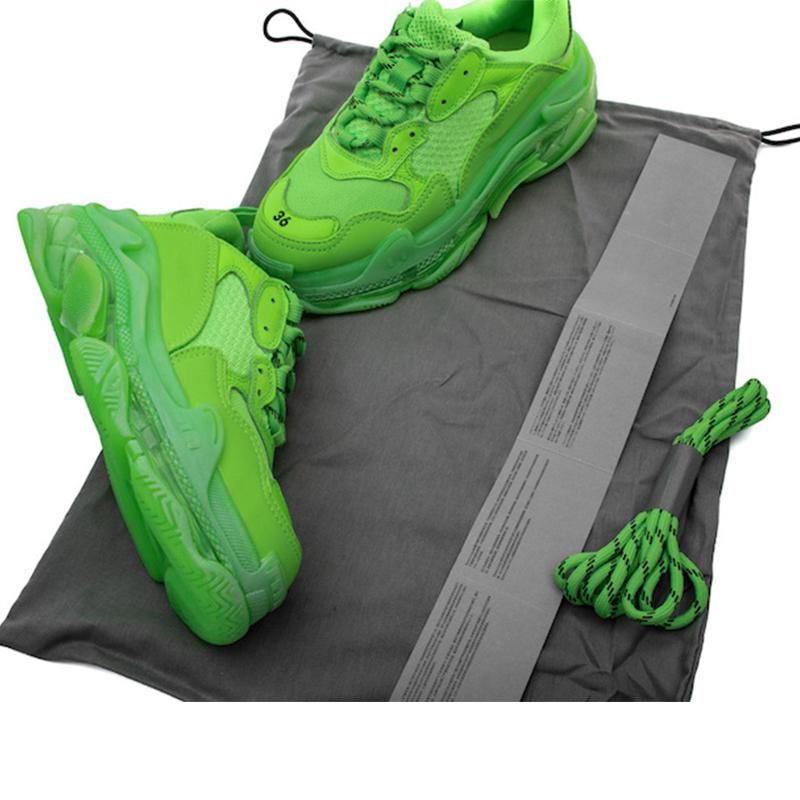 Top Designer chaussures vert fluo Triple S Sneakers pour Femmes Hommes De Luxe Grand Père Trainer Vintage Papa Chaussures clear bubble Bas 12 couleurs