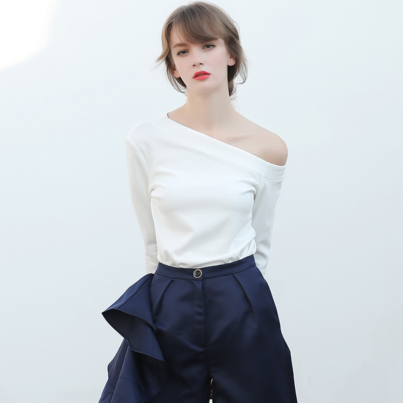 Twotwinstyle Irregular T Shirt For Women Off Shoulder Flare Sleeve Basic Pullover Tops Female Spring Fashion Large Size Clothing T3190613