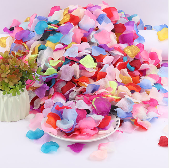 New 200Pcs Silk Rose Petals Leaves Wedding Party Table Confetti Decoration Hot