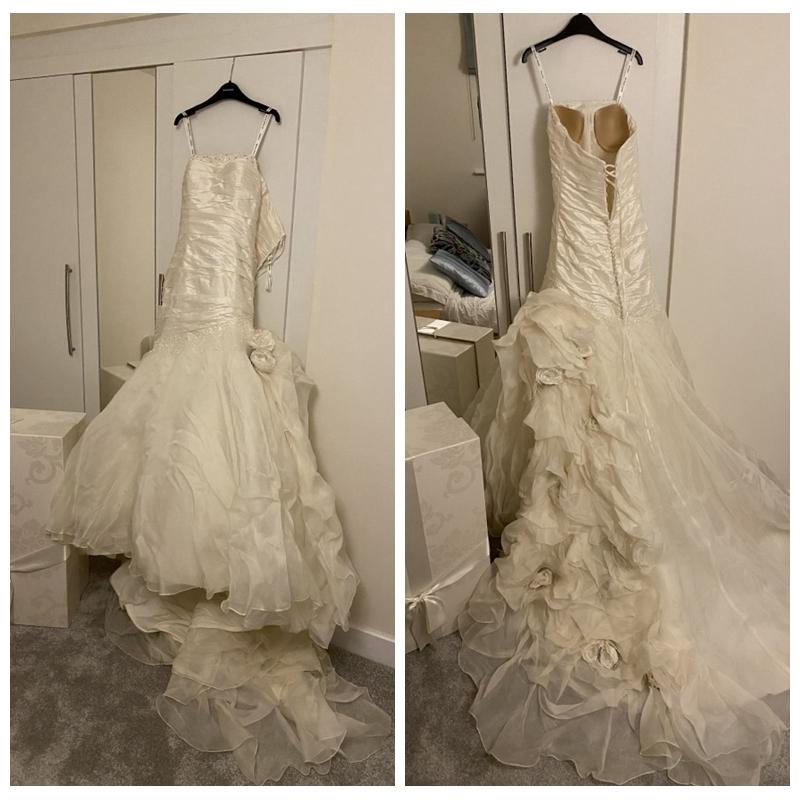 Elegant Strapless Ivory Mermaid Style Wedding Dresses With
