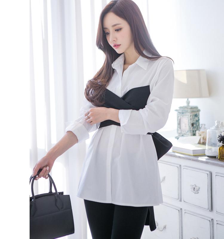 Camicia bianca alla moda a manica lunga da donna con colletto rovesciato e top nero con camicetta da donna con cinturino bowknot