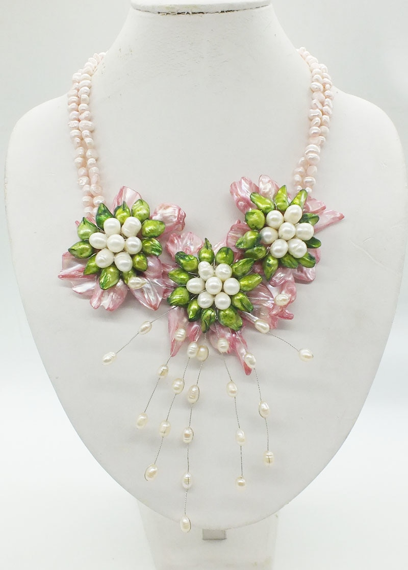 Natural huge Baroque pearls. Handmade, woven flower necklace. Classic gorgeous bride wedding necklace jewelry