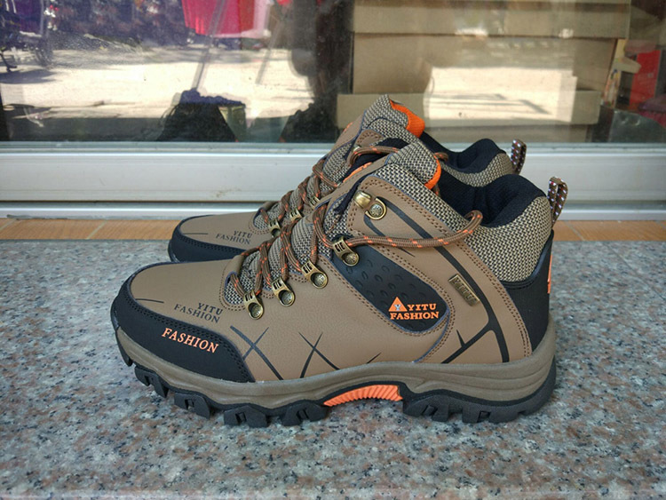 men boots hiking (10)