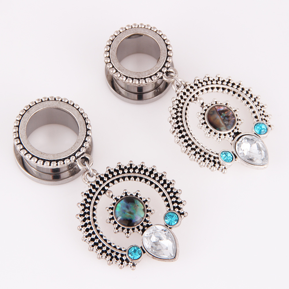 Hot Sale Nation Wind Top Quality European Body Piercing Jewelry Alloy Ear Plug Plugs Tunnels Party Vintage Fine Body Jewelry For Unisex