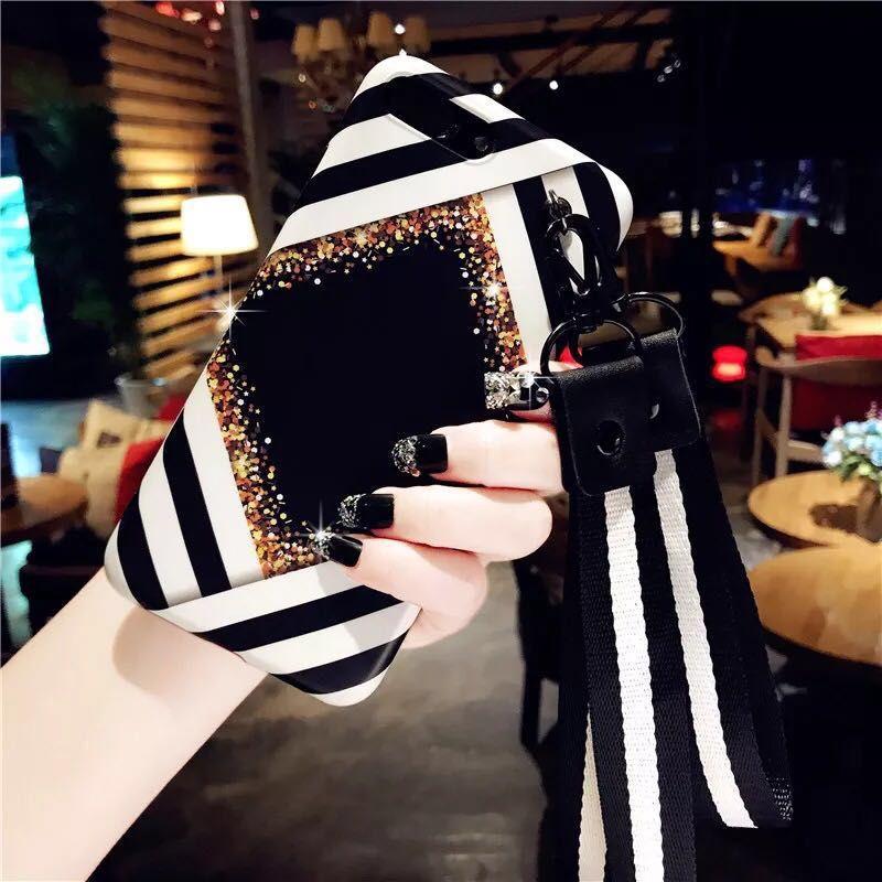 Etui de téléphone portable de style simple pour IphoneX 7P / 8P 7/8 6 / 6sP 6 / 6s en TPU noir et blanc à rayures avec étui de protection complet