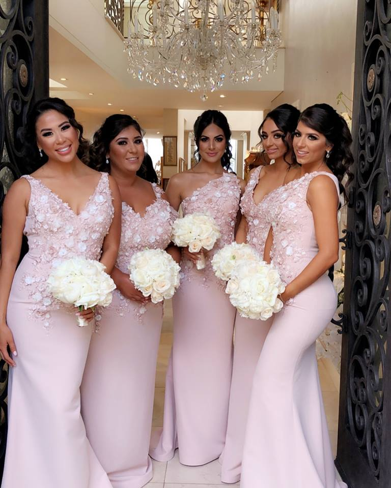 Sexy Light Pink V Neck Bridesmaid Dresses 2020 Mermaid 3D Flowers Long Bridesmaid Dress Formal Party Gowns Maid Of Honor