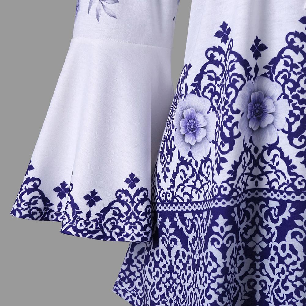 Rosegal Plus Size Print Keyhole T-shirt Women T Shirt Casual Flare Sleeve Keyhole Neck T-shirts Ladies Tops Big Size Tshirt 5xl S403