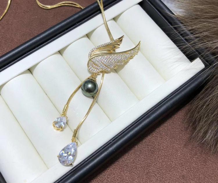 14 K de Ouro Cheio de Cadeia de Camisola Com Asas de Anjo Design Pingente de Colar de Configurações de Mulheres DIY Longo Colar Acessório 3 Peças / lote